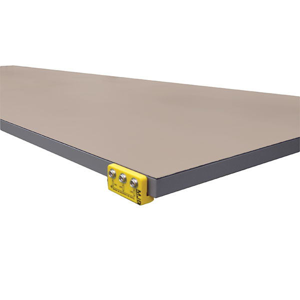 ESD tray coating with ground connection