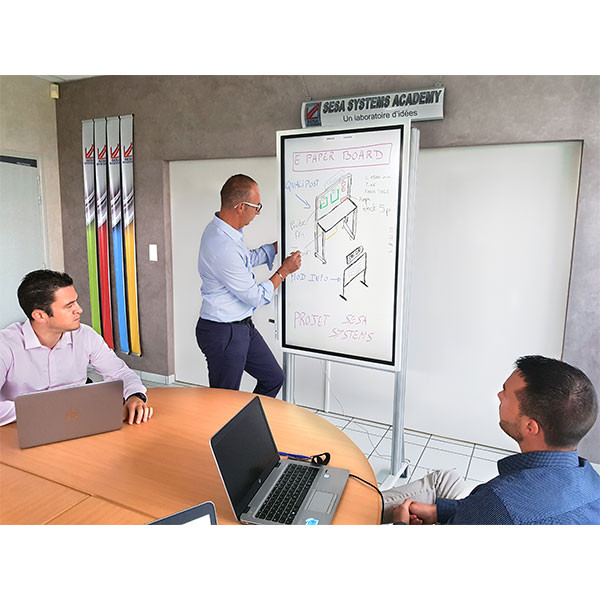 Intuitive digital paperboard   E-PAPERBOARD A